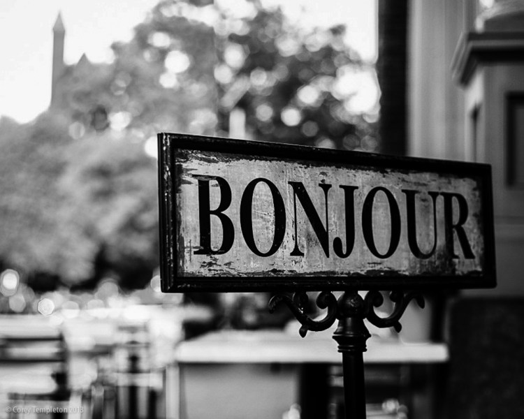 Always say Bonjour