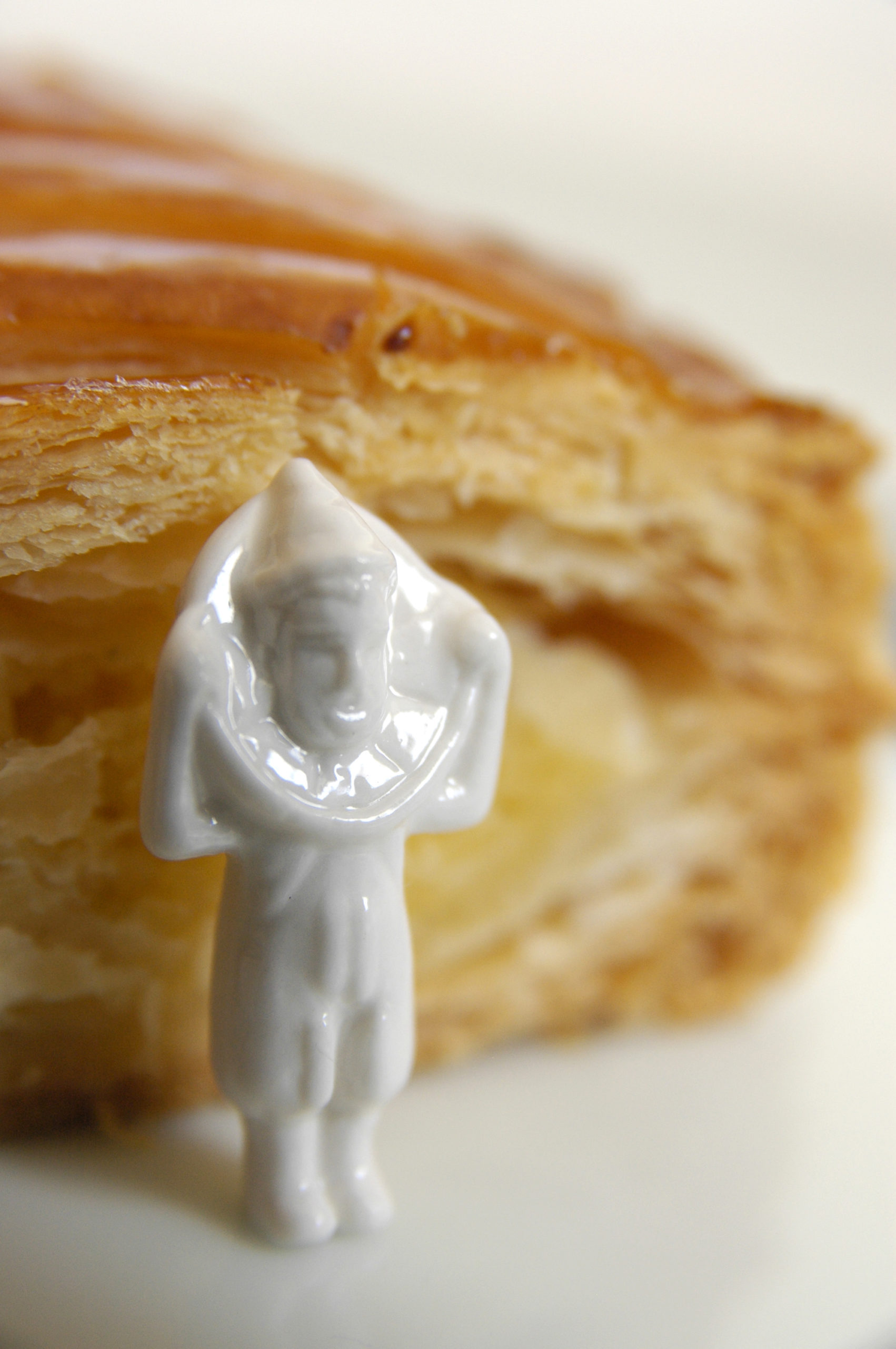king cake in france trinket