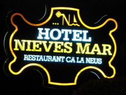hotel_sign