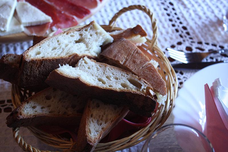 peka-bread