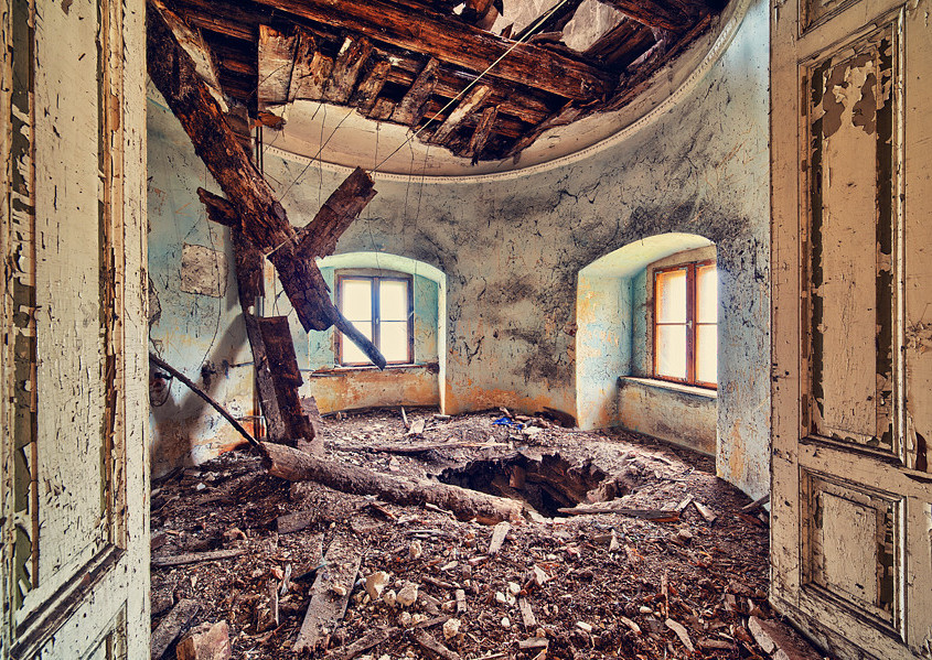 """In the 1980s, it became a home for children with """"disturbing behavior""""…(Photo:Lucas Malkiewicz)"""
