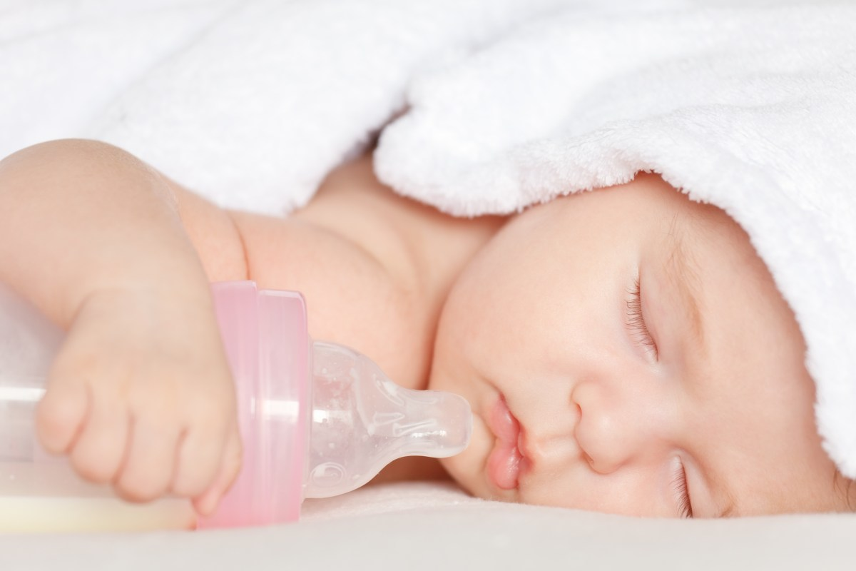 Let's Face It: Formula-Fed Babies Sleep Better
