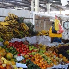 Obststand auf dem Wochenmarkt