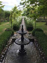 Weingut inkl. Springbrunnen