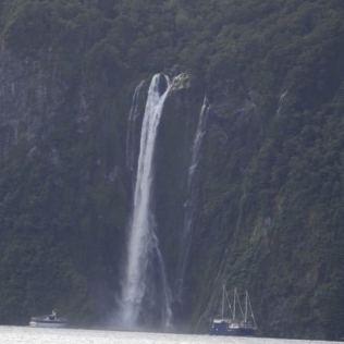 Wasserfälle dank gestrigem Regen