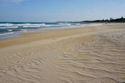 Sandstrand und Wellen in Südafrika