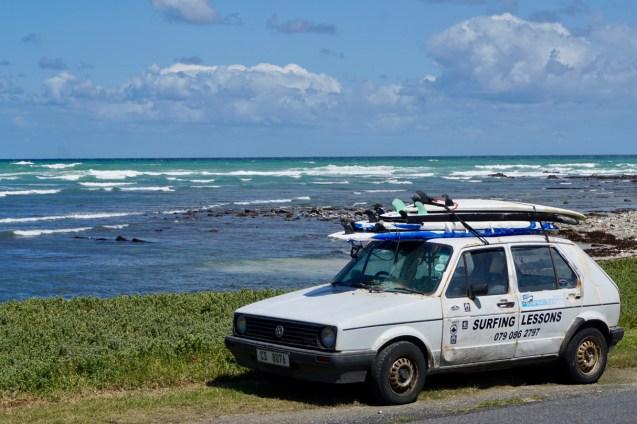 Golf I als Surfer-Auto