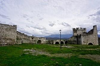 Imposante Burgmauern