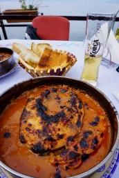 Traditionelles, albanisches Fischgericht