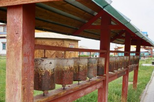 Gebetsmühlen im Ivolginskiy Datsan