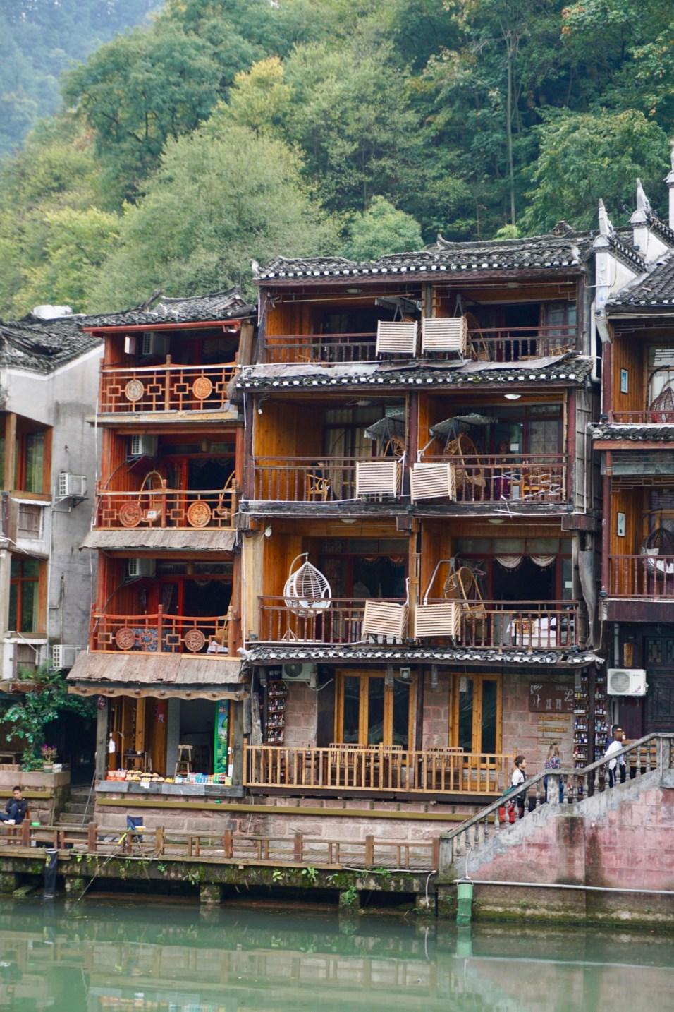 Hotelzimmer am Wasser