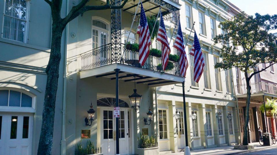 US-Flaggen am Haus