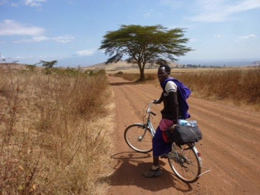 2011-07_tanzania_cycling-trough-tanzania.JPG