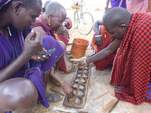 2011-07_tanzania_loiborsoit_massai-happy-people.JPG