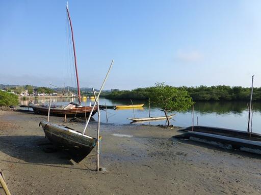 2012-10-04_brazil_maragogipe_harbour.JPG