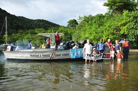 2013-01-02_trinidad_coast-guard-group-photo.JPG