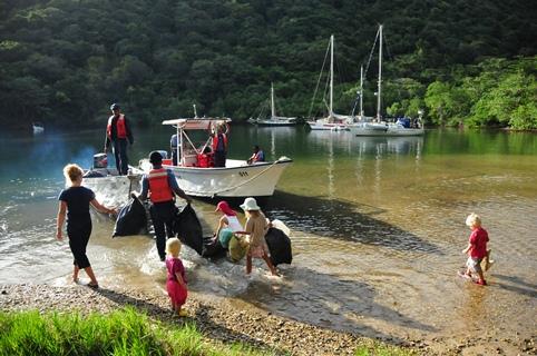 2013-01-02_trinidad_coast-guards-kids-clean-up.JPG