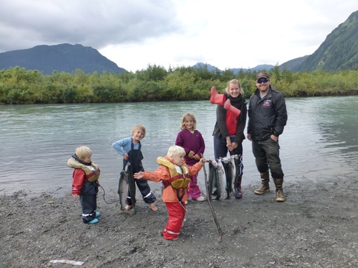 2013-09-24_usa-alaska-cordova_fishing-ryan-helen.JPG