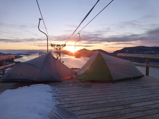 2014-03-01_usa_alaska_cordova_expedition-family-tent-sun-set-low.JPG