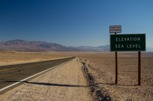2014-11-14_usa-california_death-valley-elevation-sign.jpg