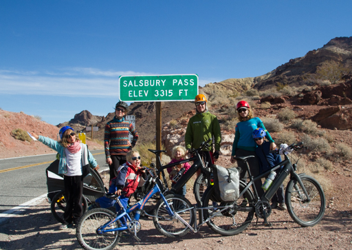 2014-11-18_usa-california_death-valley-salsbury-pass.jpg