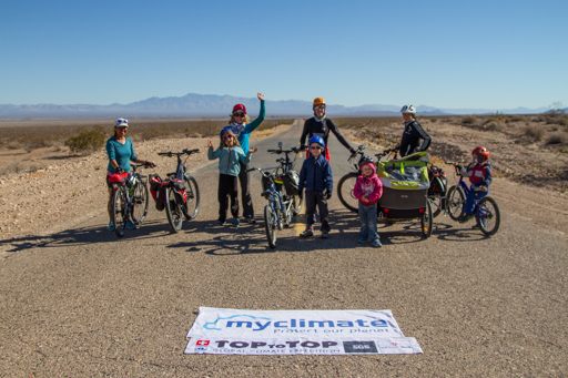 2014-11-20_usa-nevada_long-straigh-roads-cycling.jpg