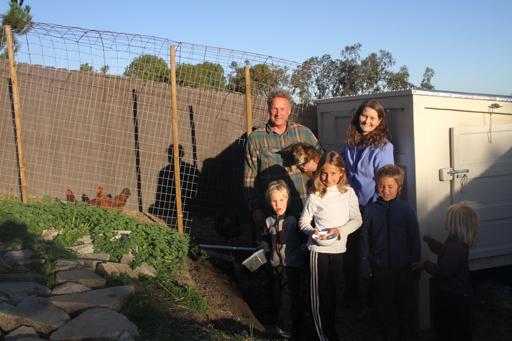 2015-01-24_usa-san-clemente_gary-laurie-and-kids-garden.jpg