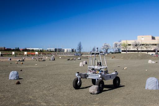2015-03-17-california-mountain-view_nasa-mars-rover.jpg