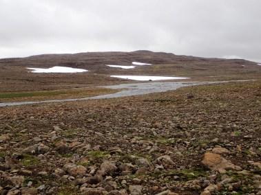 Obniżenie terenu i zlewisko wielu strumieni.