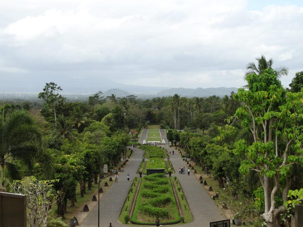 Vue panoramique depuis le temple Borobudur
