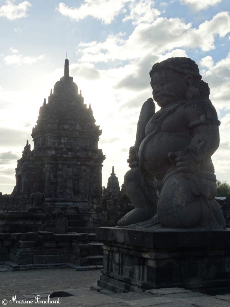 Bouddha protecteur des temples