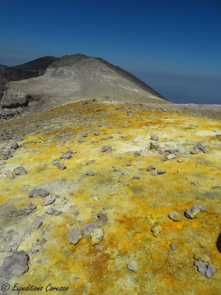 Le beau jaune soufré de l'Etna