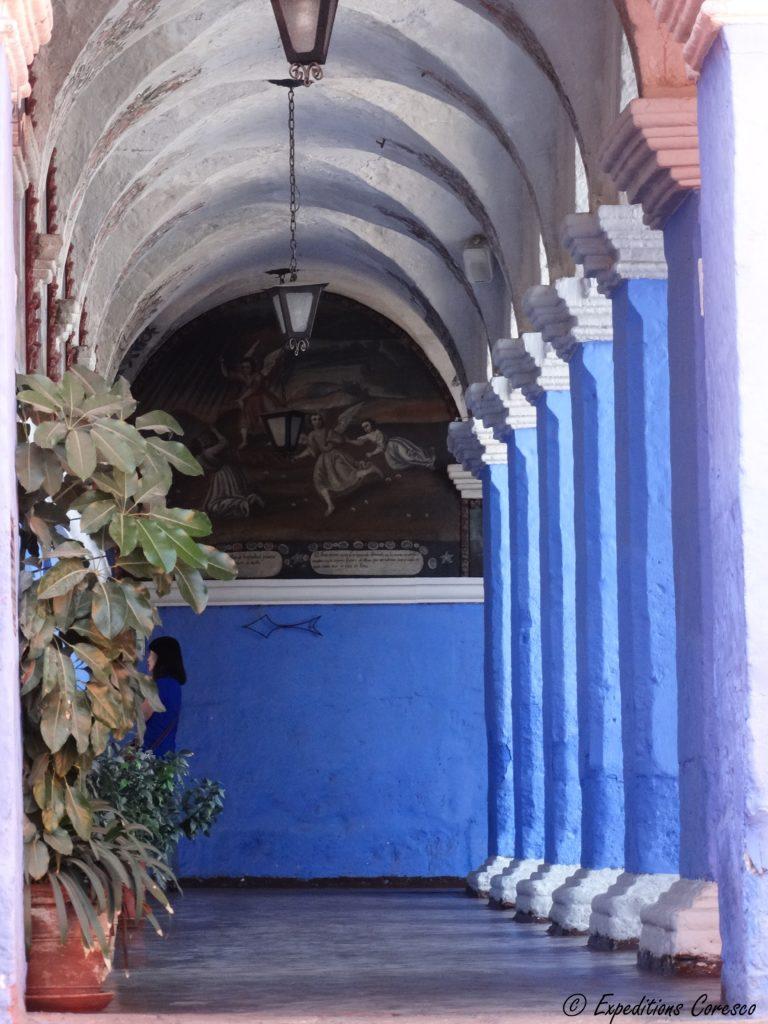 Arequipa et ses colonnades bleues