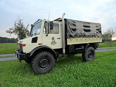 Mercedes-Benz Unimog – 2 Bunk – Germany