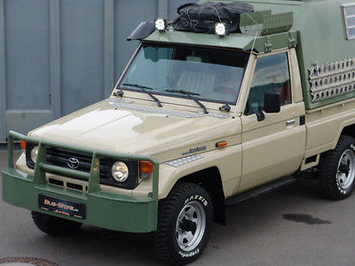 Toyota Land Cruiser 75 4×4 HZJ WOMO – Germany