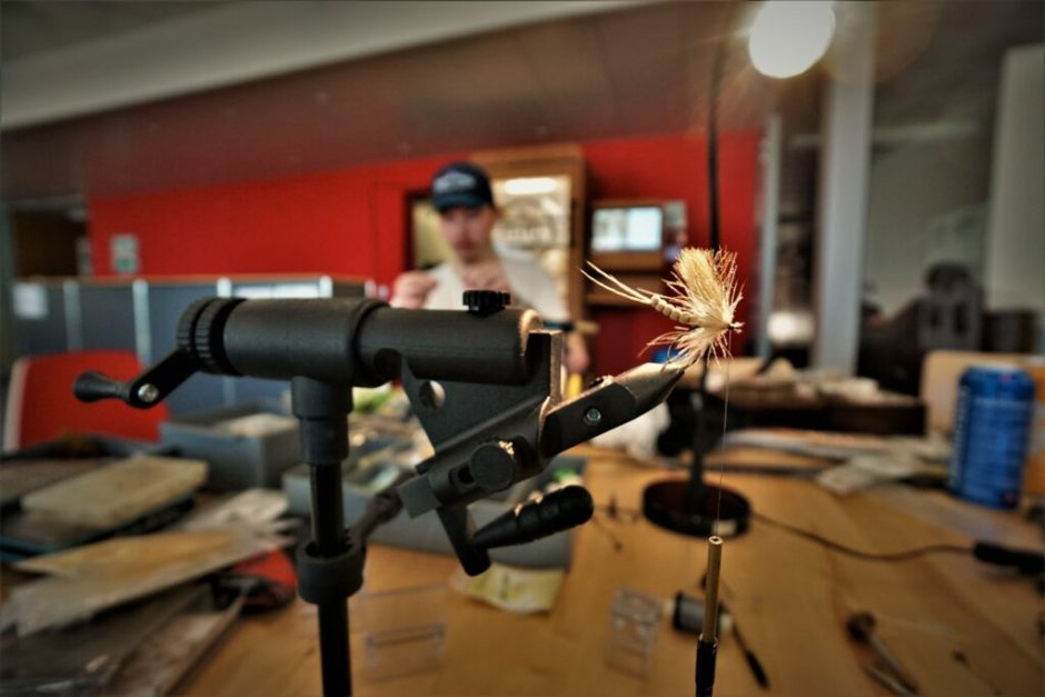 Fly tying at the Fly Friday in Langenthal.