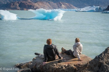 Pauline and Philippe at the glacier lagoon of lake viedma Huemul Trek 2018