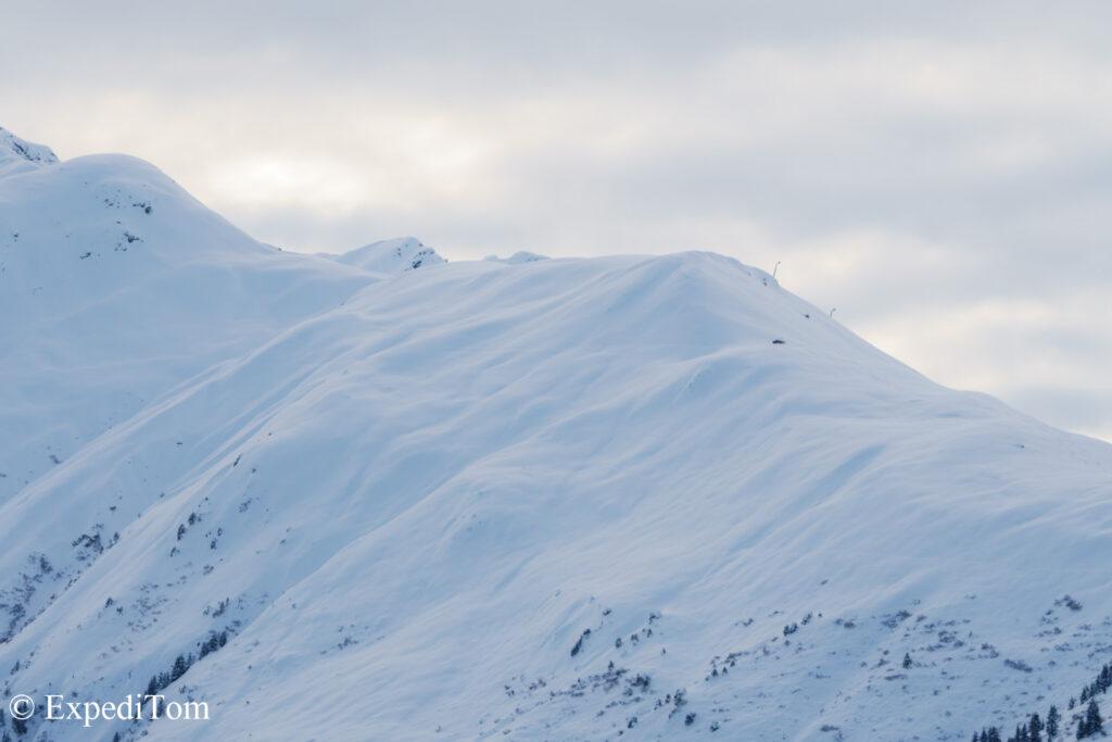 Stunning morning side light on the slopes