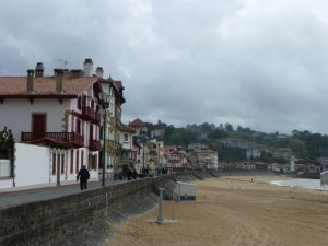 Promenade down the street from Hotel La Marisa