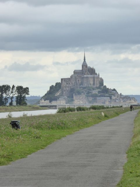 Mont Saint Michel from the Pontorson greenway