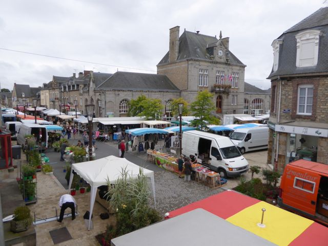 The weekly market in Pontorson