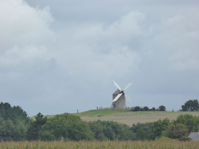 Sight along the greenway between Pontorson and Mont-St-Michel