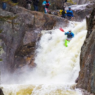 Smalls to the Wall - white water kayaking