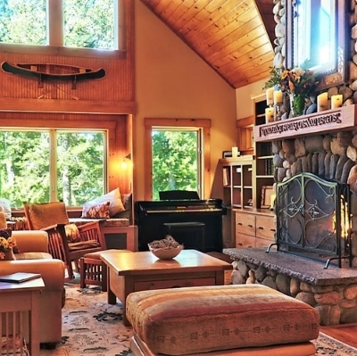 Vacation rental cabin cottage condo lodge house, Rangeley Lake, Maine
