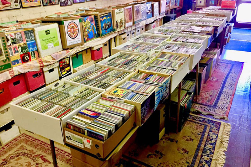 Broad-Street-Records-Waverly-Showroom