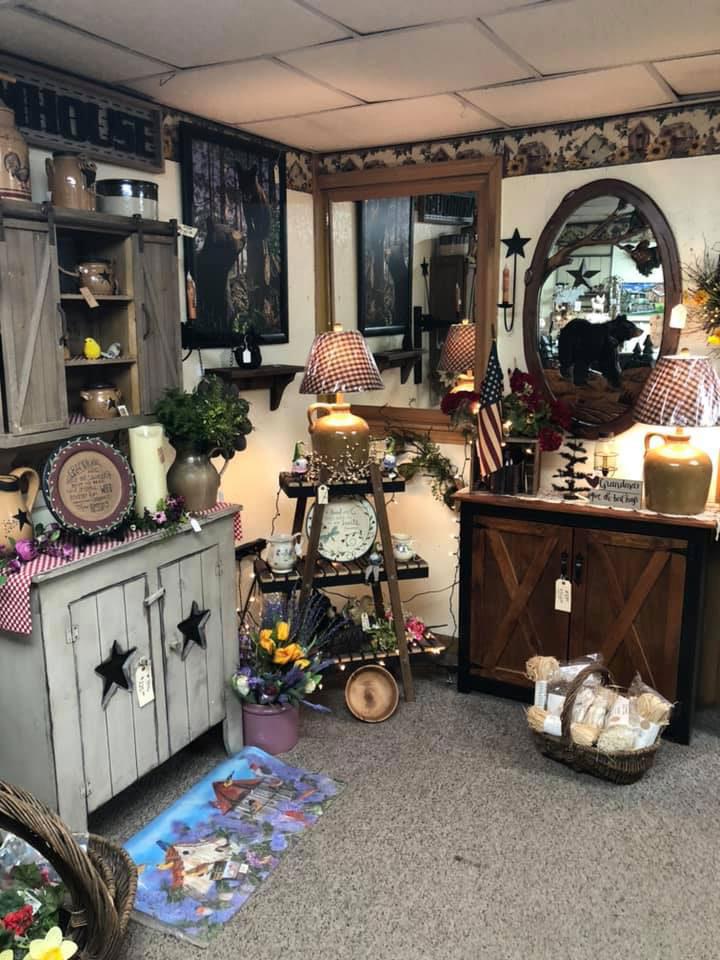 Kathy's-Korner-Gift-Shop-Candor-Country-Decor