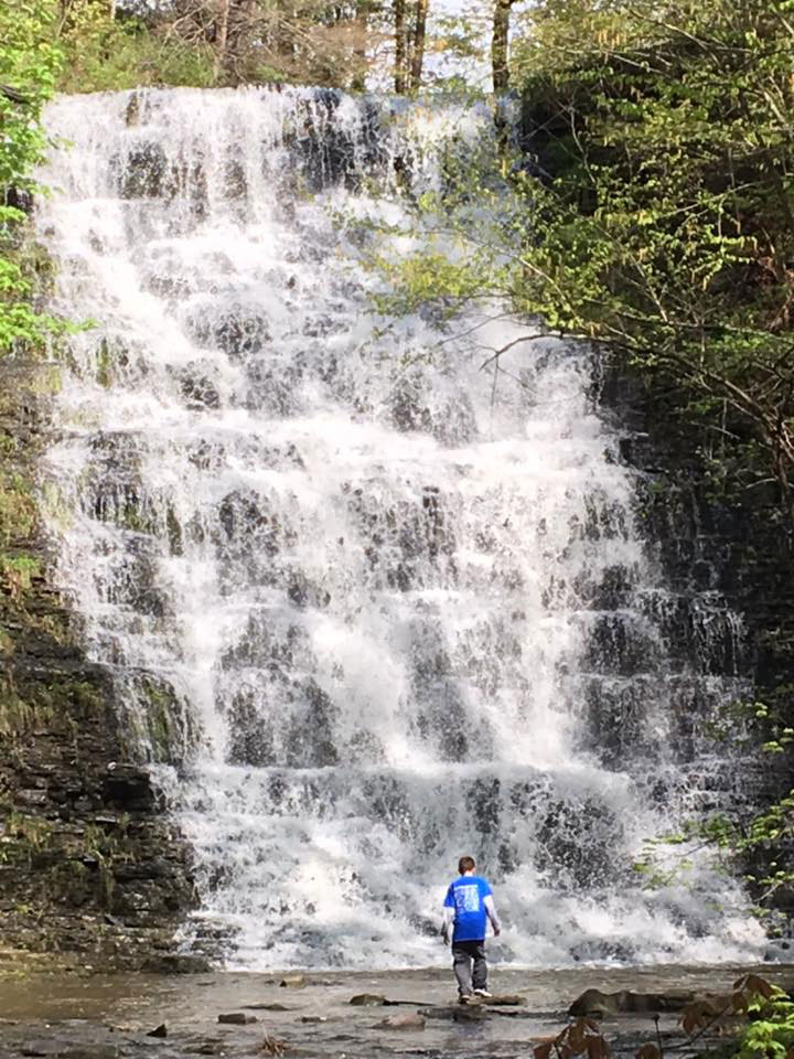 Waverly-Glen-Park-Tioga-County-Waterfall-with-Kid