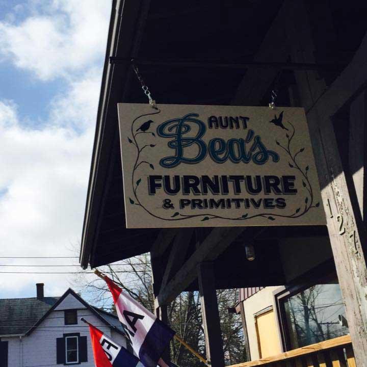 Aunt Bea's Furniture and Primitives