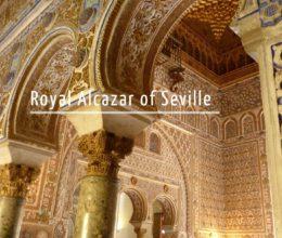English tour inside the Alcazar of Seville