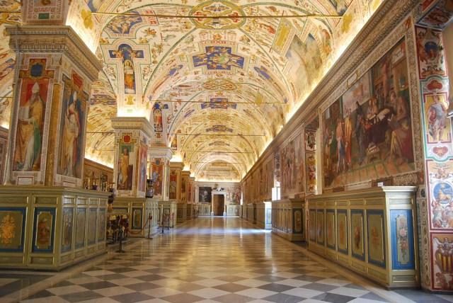 Resultado de imagem para museu do vaticano